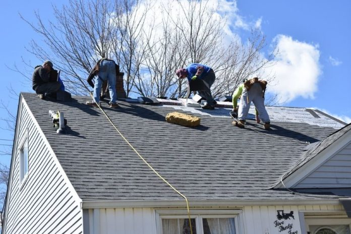 Signs That You Are in Need of Roof Repair in Canton Michigan