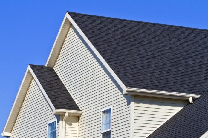 4 Ways to Ensure Your Roofing in Ann Arbor Michigan Lasts a Long Time